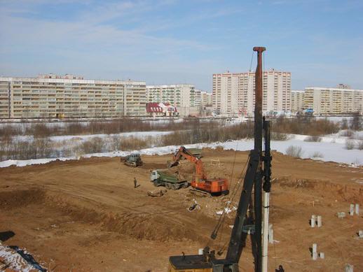 Аренда спецтехники  строительной техники в ООО СпецСтрой